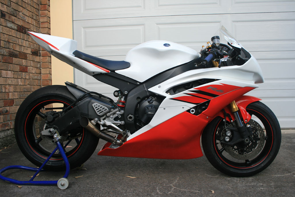 Yamaha r1 2008 Red And White 2008 Yamaha r6 Red WhiteYamaha R6 White And Red